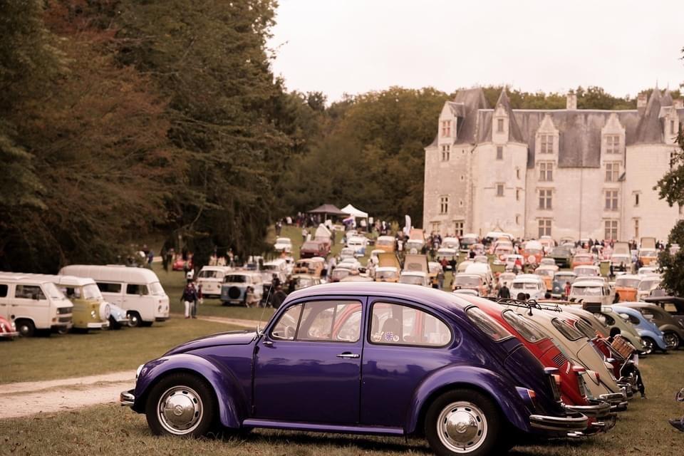 vue de loin Vw Castle party