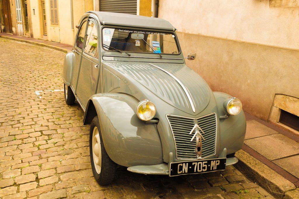 voiture 2cv